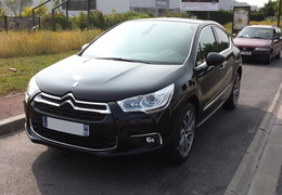 DS4 e-HDI 112 So Chic Noir Perla/2013